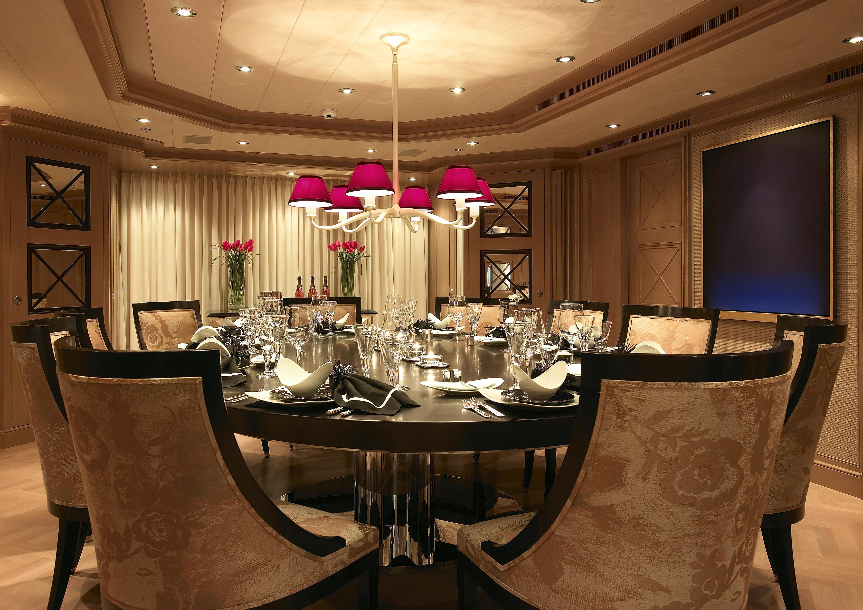Feadship yacht secret interior superyachts news luxury for Homes with beautiful dining rooms